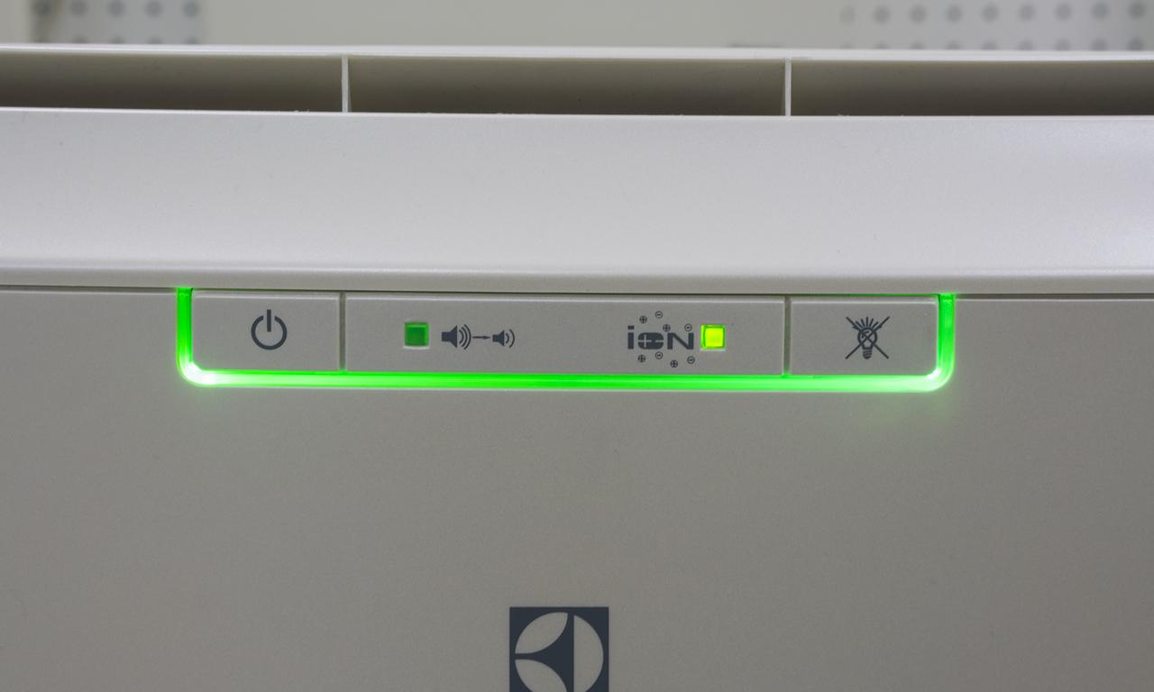 Мобильный кондиционер Electrolux EACM индикатор включения ионизатора