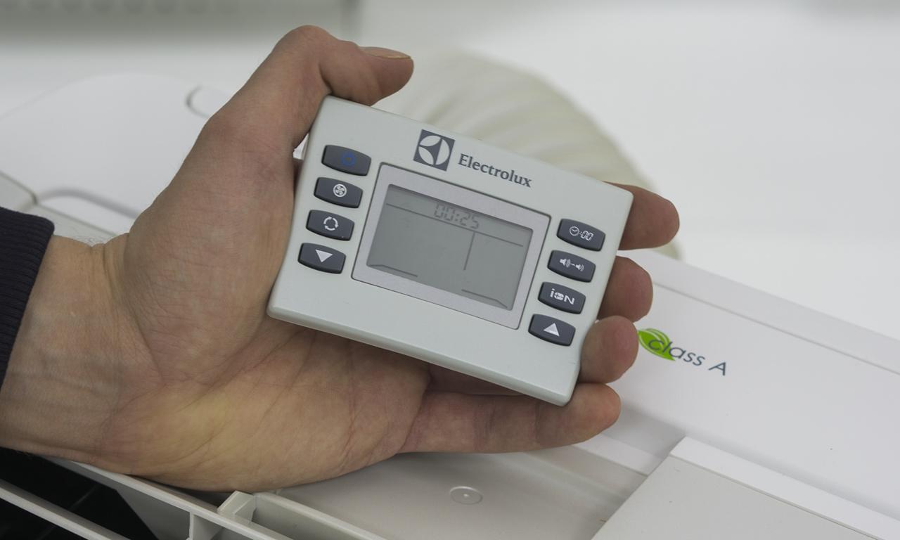 Мобильный кондиционер Electrolux EACM пульт управления