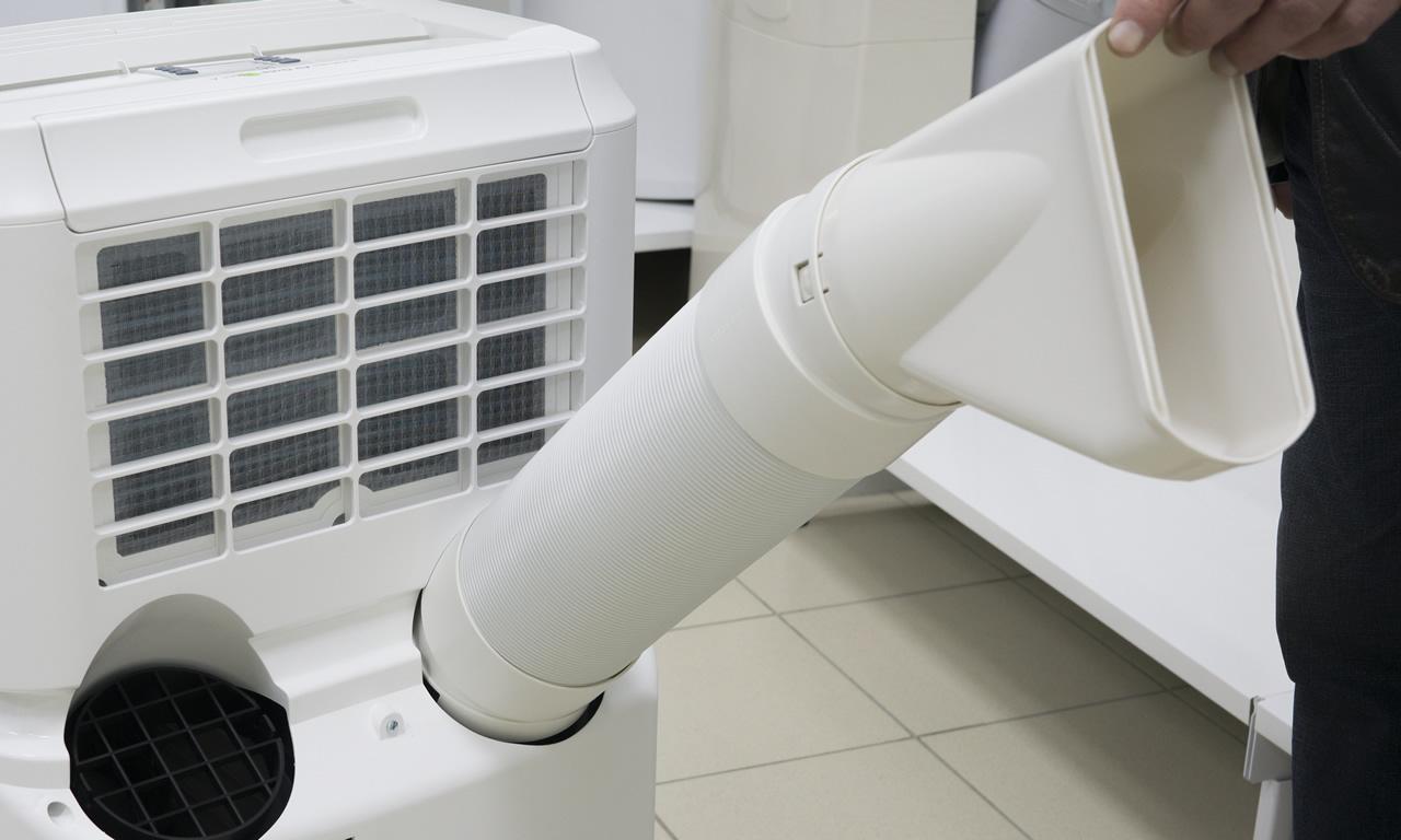 Мобильный кондиционер Electrolux EACM присоединение воздуховода