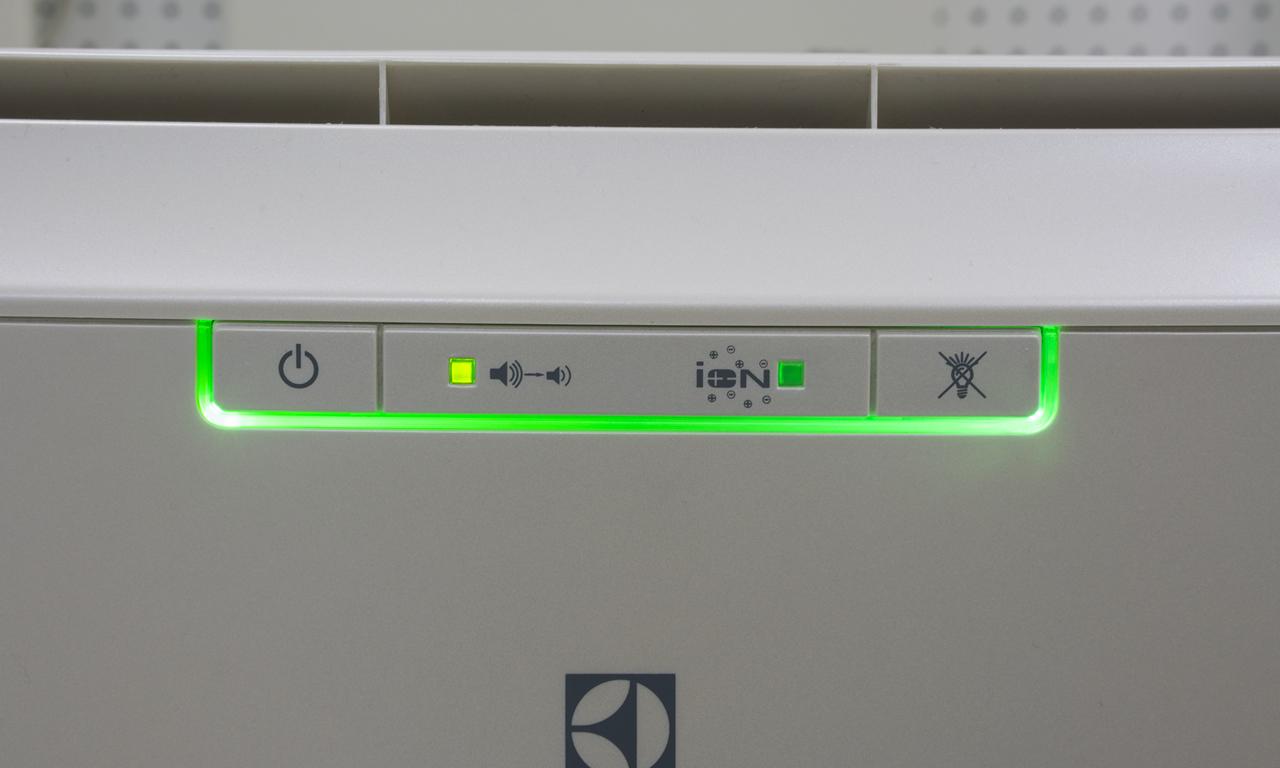 Мобильный кондиционер Electrolux EACM индикатор тихого режима